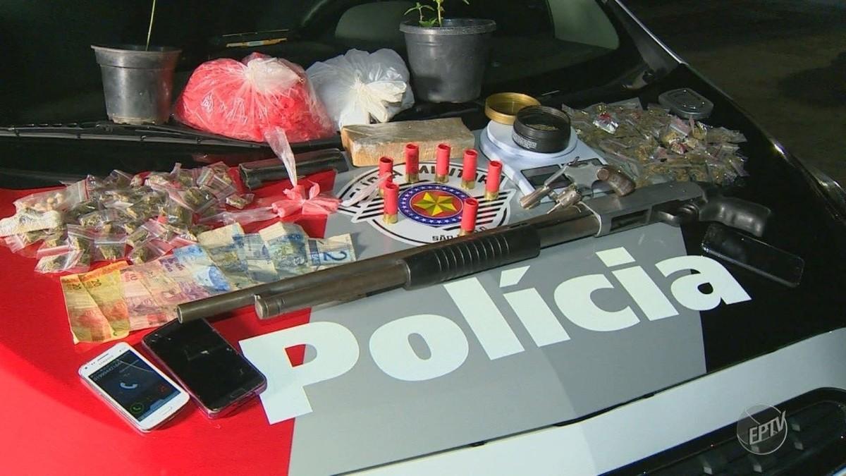 Polícia Militar prende três com armas e drogas após abordagem a carro do Uber em Campinas