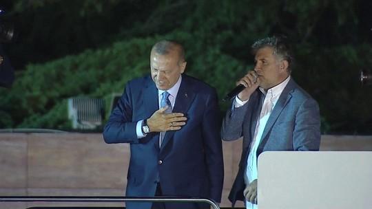 Há 15 anos no poder, Erdogan é reeleito presidente da Turquia