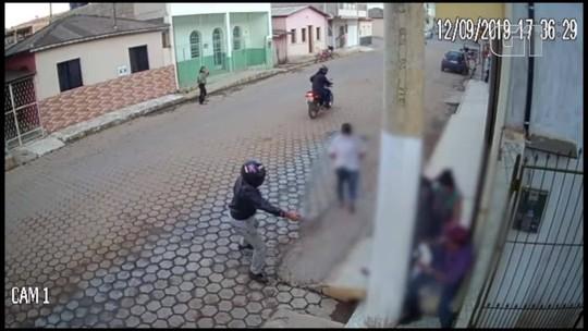 Criança fica no meio de troca de tiros, em Ibatiba, ES; veja vídeo