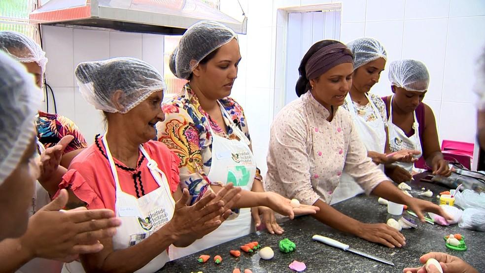 Mulheres aperfeiçoam conhecimentos e buscam sonho do próprio negócio — Foto: Reprodução/ TV Gazeta