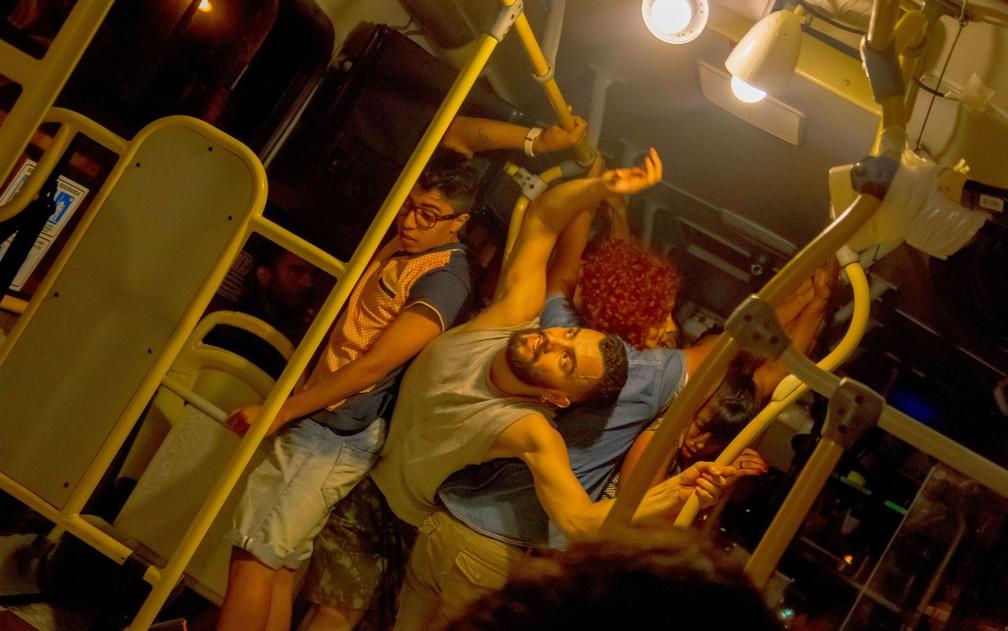 -  Apresentação do espetáculo 'De Passagem', pela Cia Dançurbana, em Campo Grande  MS   Foto: Hélton Perez/Cia Dançurbana