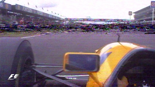 Onboard clássica #5: um dos últimos duelos Senna x Prost; será que puniriam alguém hoje?