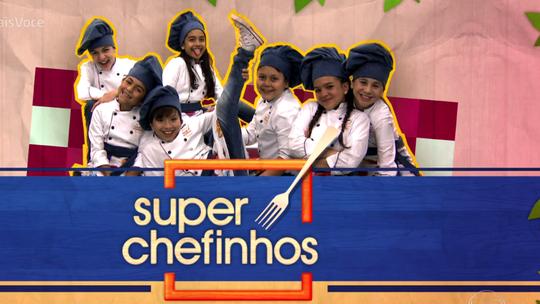 'Super Chefinhos': criançada aprende a fazer espetinhos e molhos na estreia
