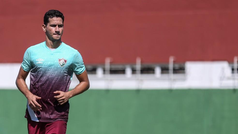 Ganso em treino do Fluminense — Foto: Lucas Merçon / FFC