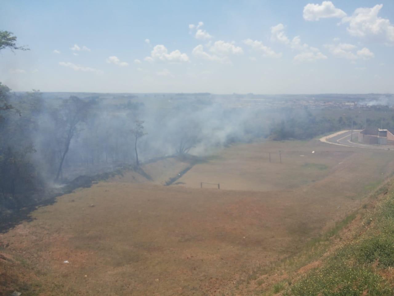 Satélites do Inpe identificam um foco de incêndio a cada 12 dias em matas da região - Notícias - Plantão Diário
