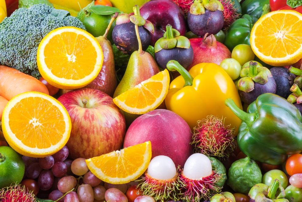 Frutas e vegetais: três a quatro porções por dia geram benefícios à saude (Foto: IStock Getty Images)