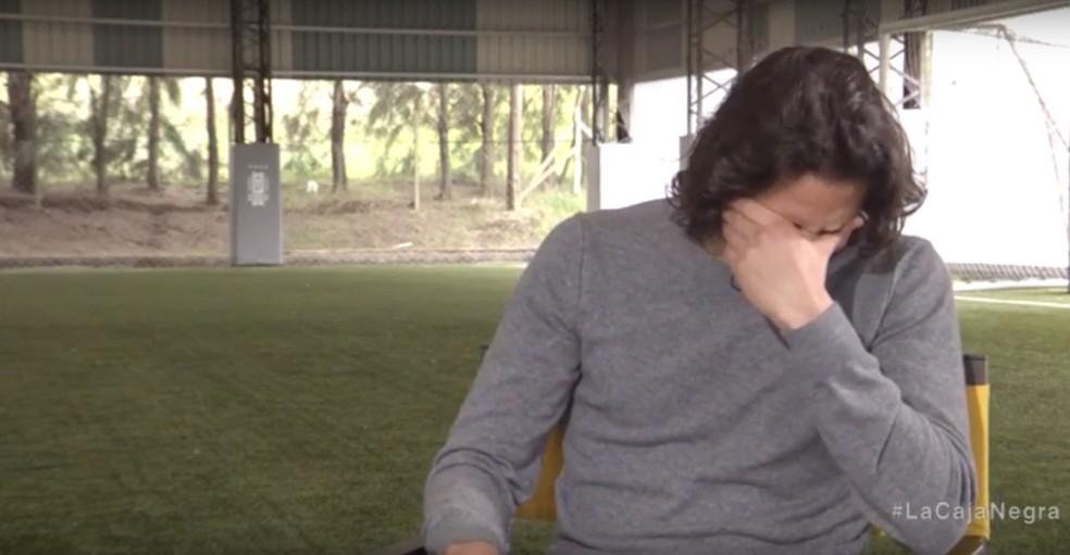 Cavani, do Uruguai, se emociona ao receber mensagem de amigo — Foto: Reprodução