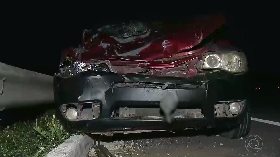 Carro desgovernado invadiu acostamento e atropelou as três mulheres em Mamanguape (Foto: Reprodução/TV Cabo Branco)