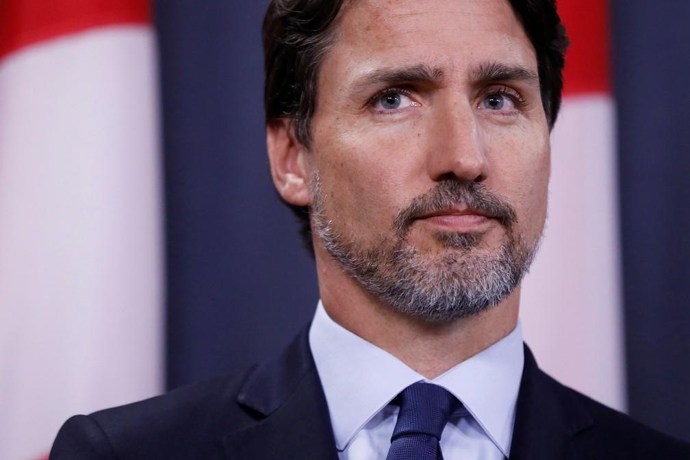 Justin Trudeau disse que inteligência aponta que avião ucraniano repleto de canadenses foi derrubado por míssil iraniano — Foto: Reuters/Blair Gable