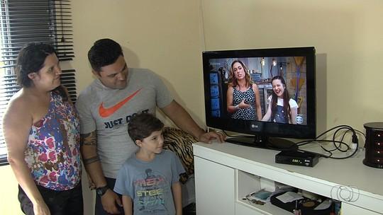Patrulha percorre a Grande Goiânia para orientar sobre sinal de TV digital