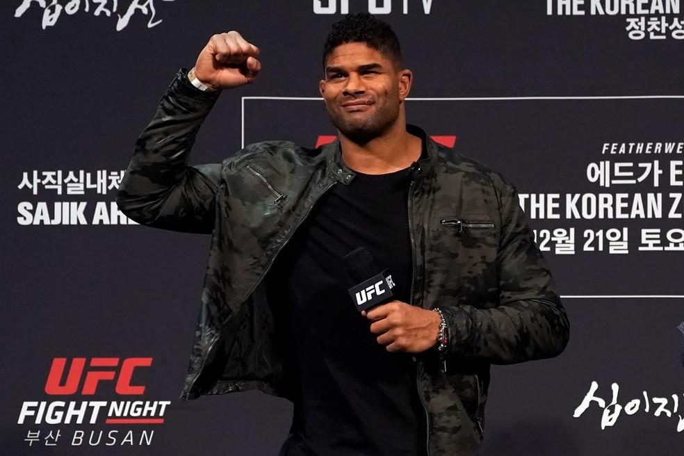 Alistair Overeem é o sétimo colocado no ranking do UFC — Foto: Getty Images