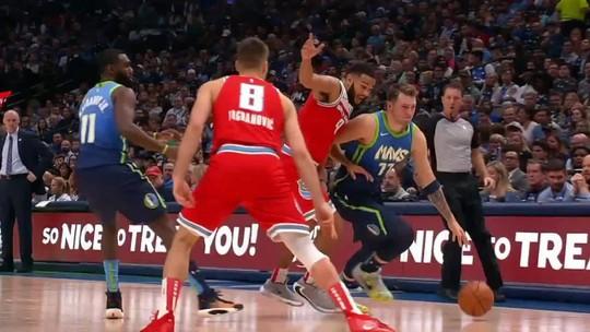 Doncic supera feito de Michael Jordan, mas Mavericks não resistem a grande noite dos Kings