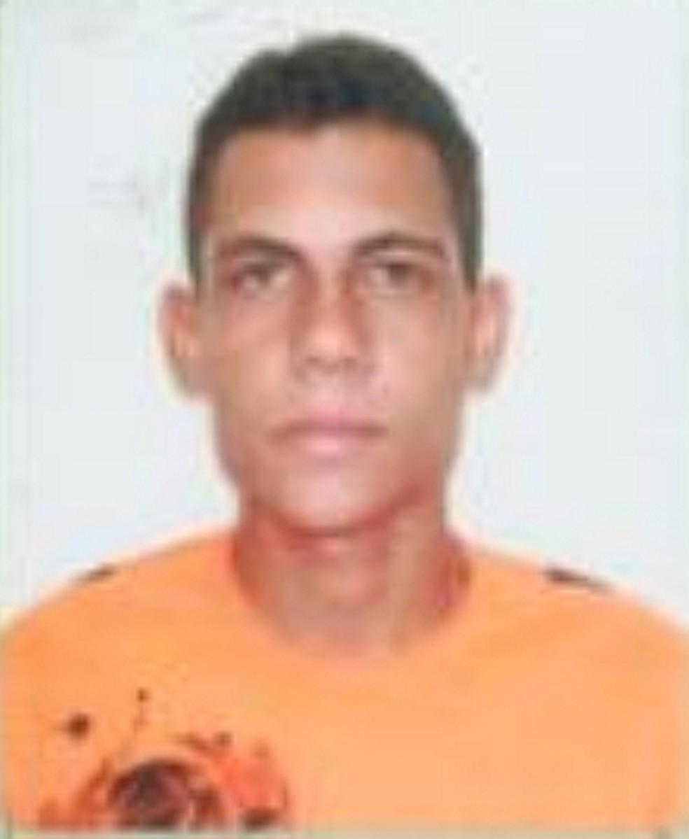 José Osmaele foi morto a tiros em São Bento do Una — Foto: Agreste Violento/Divulgação