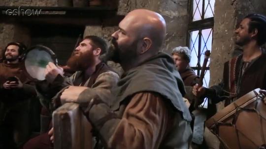 Saiba como são as gravações na taverna de Montemor; assista vídeo