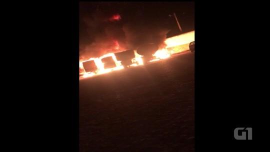 Incêndio destrói seis veículos na garagem da Prefeitura de Exu, PE