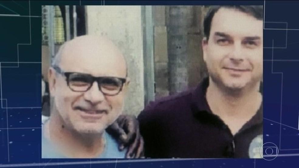Coaf cita pagamento de título bancário de R$ 1 milhão em relatório sobre Flávio Bolsonaro — Foto: Reprodução/JN