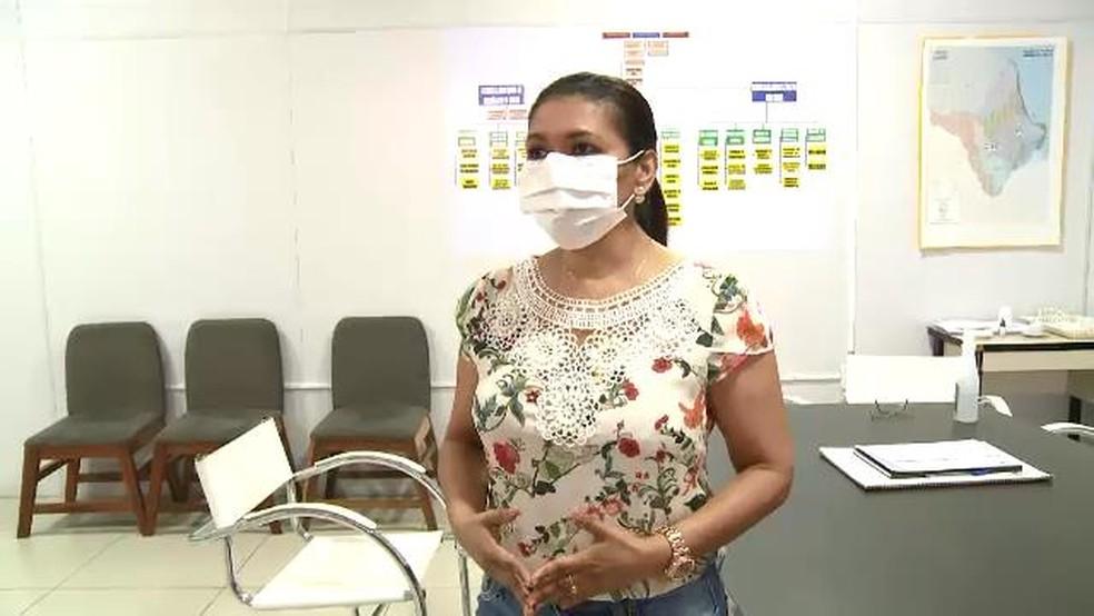 Andréa Marvão, chefe da Unidade de Imunobiológicos da SVS e coordenadora de Imunização no Amapá — Foto: Rede Amazônica/Reprodução