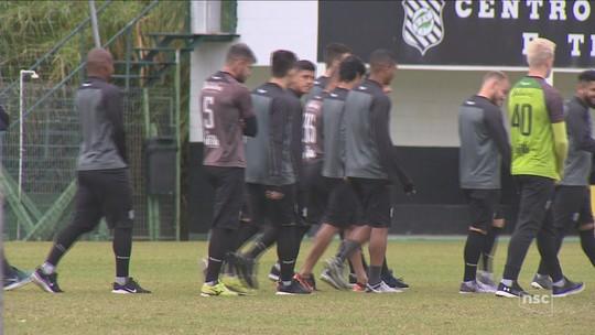 Denúncia ao STJD por atraso salarial pode tirar pontos do Figueirense na Série B