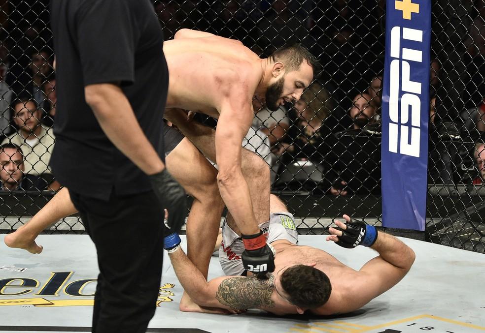 Dominick Reyes nocauteou justamente Chris Weidman em sua última luta, no UFC Boston, em 2019 — Foto: Chris Unger/Getty Images