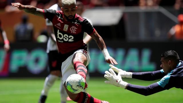 Gabigol marcou o segundo do Flamengo na decisão da Supercopa do Brasil