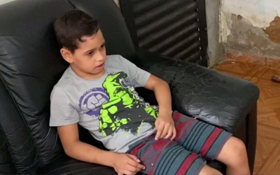 gabriel vinicius Goiânia: menino com síndrome de Tourette precisa de CBD, mas alto custo dificulta o acesso