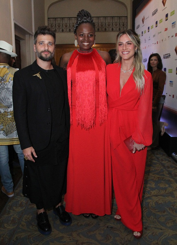 Bruno Gagliasso, Luana Génot e Giovanna Ewbank (Foto: Wallace Barbosa/AgNews)
