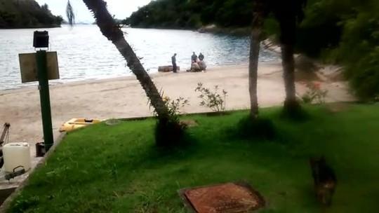 Vítima de estupro em Angra dos Reis, RJ, jovem consegue avisar amiga pelo celular