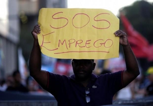 Dezenas de milhões enfrentam desemprego com escalada da crise do ...
