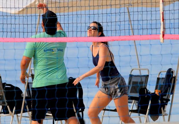 Nathalia Dill conta que vôlei de praia é aliado a seus cuidados com o corpo (Foto: AgNews)