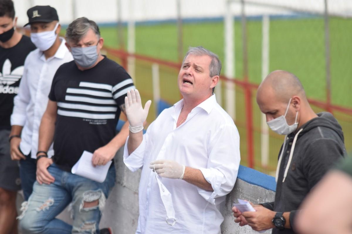 Médico do Brusque é entubado após testar positivo para a Covid-19 – globoesporte.com