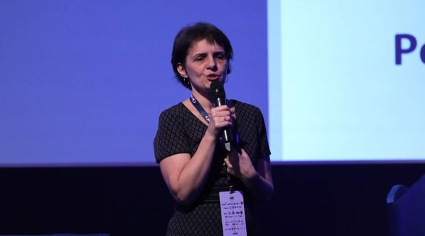 Márcia Sola, diretora de pesquisa para o varejo do Ibope Inteligência, durante evento em Foz do Iguaçu (Foto: Douglas Moreira / Alshop)