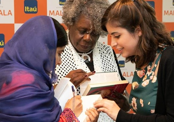 Tabata Amaral e Malala (Foto: Divulgação)