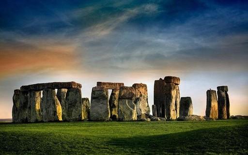 Descoberta a origem dos construtores do monumento de Stonehenge