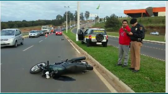 Homem morre atropelado no viaduto Santa Paula