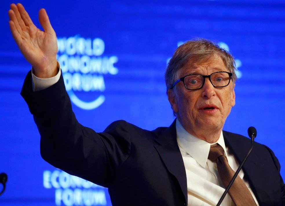 Bill Gates e sua mulher, Melinda, criticaram decreto de Trump sobre o aborto (Foto: Ruben Sprich/Reuters)