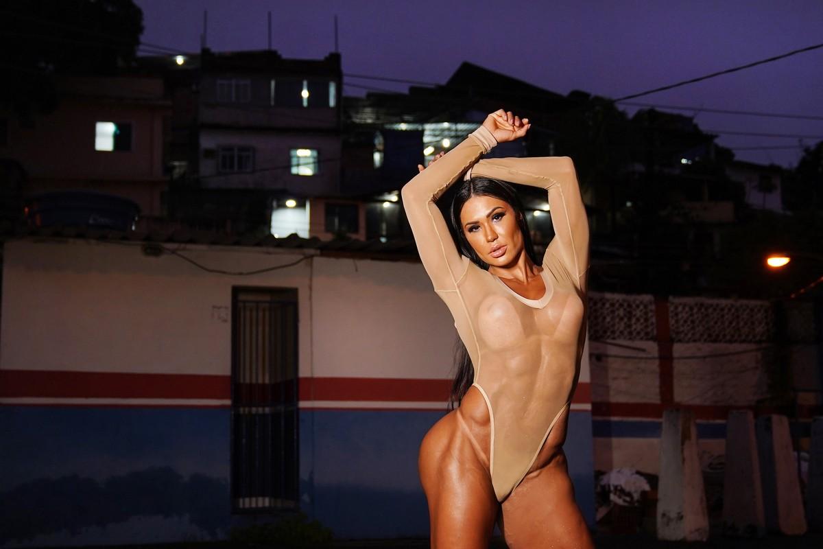 Gracyanne Barbosa fala de rotina no carnaval e críticas sobre o corpo: 'Não me importo'