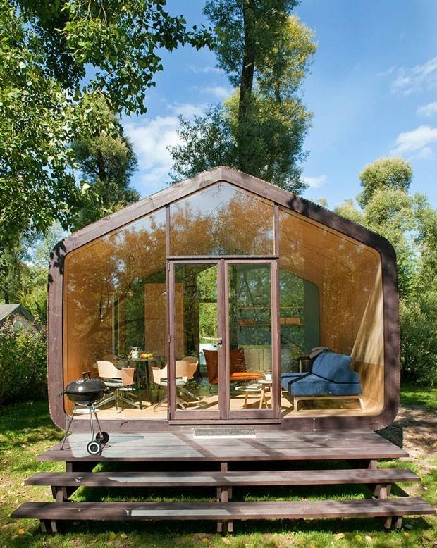Casa sustentável de papelão pode ser montada em apenas um dia (Foto: Divulgação)