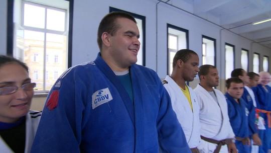 Conheça a história do atleta paralímpico de judô Wilians Araújo
