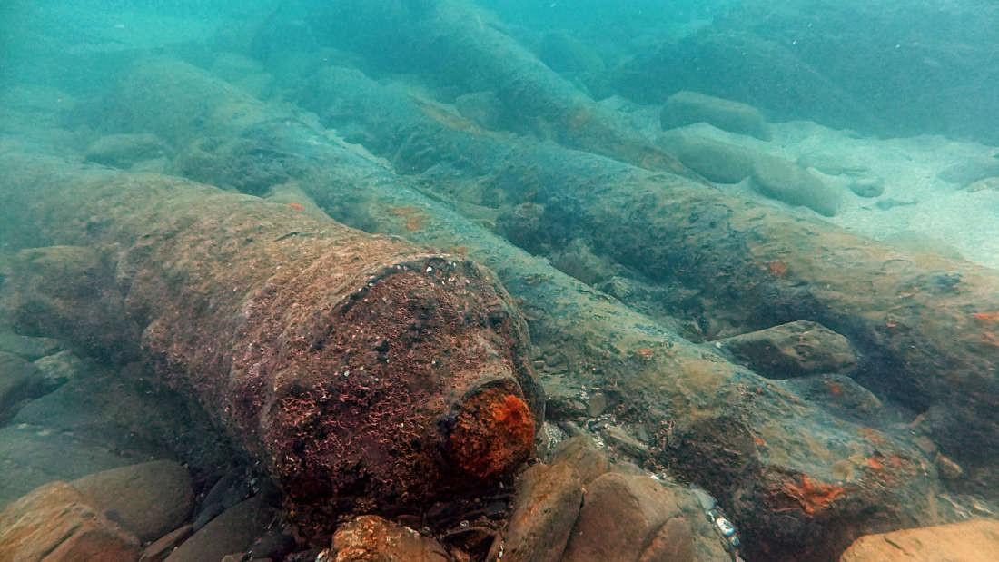 Canhões do navio Schiedam (Foto: David Gibbins/Cornwall Maritime Archaeology)