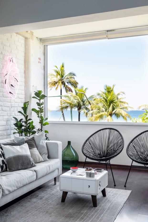 A casa de André Carvalhal é tão sustentável quanto a moda que ele faz (Foto: Fran Parente)