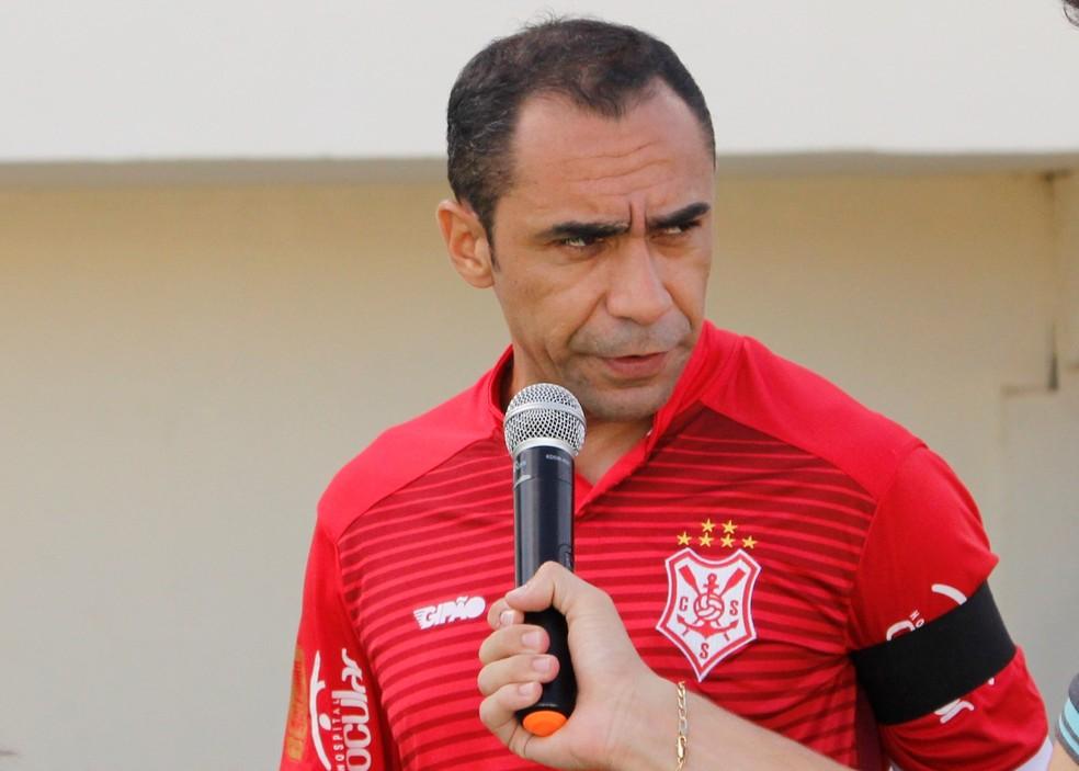 Ramalho, volante do Sergipe — Foto: Osmar Rios/GloboEsporte.com