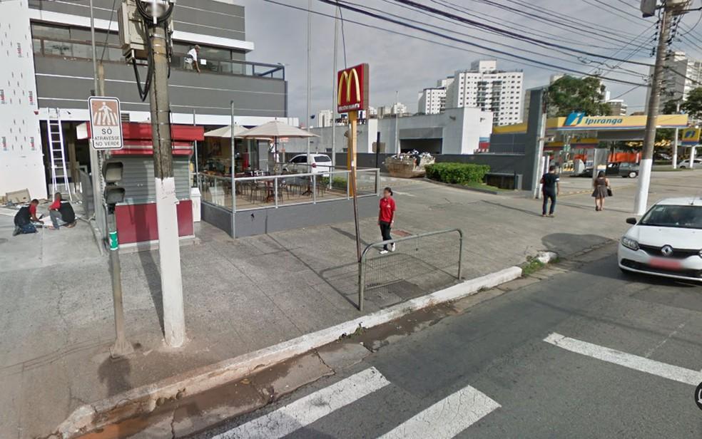 Unidade em que ocorreu o caso suspeito de discriminação  — Foto: Reprodução/Google Street View