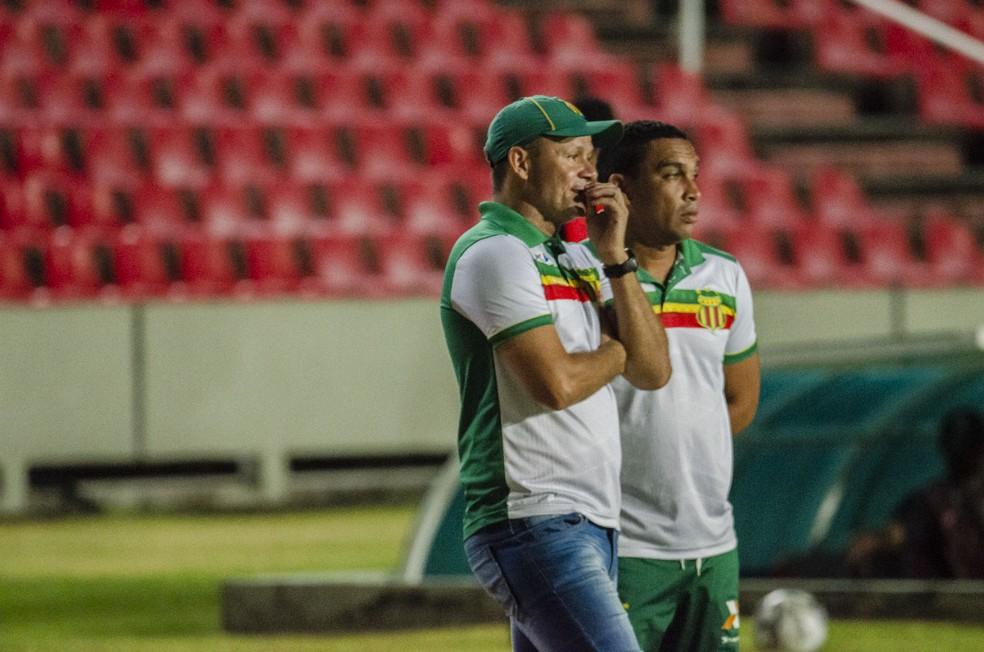 Marcinho Guerreiro tem que vencer, em média, quatro jogos de cinco — Foto: Elias Auê/Sampaio