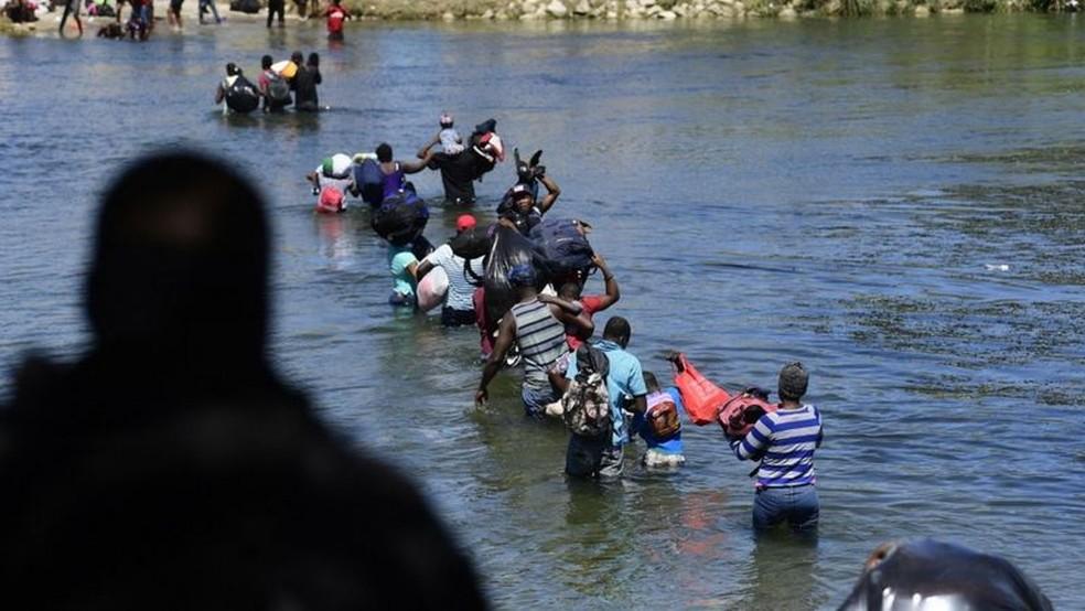 Mais de 3,5 mil pessoas já foram deportadas para o país caribenho nos últimos dias — Foto: AFP