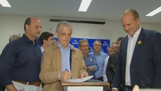Governador de SP diz que vai negociar prazo de concessão após isenção da cobrança por eixo suspenso