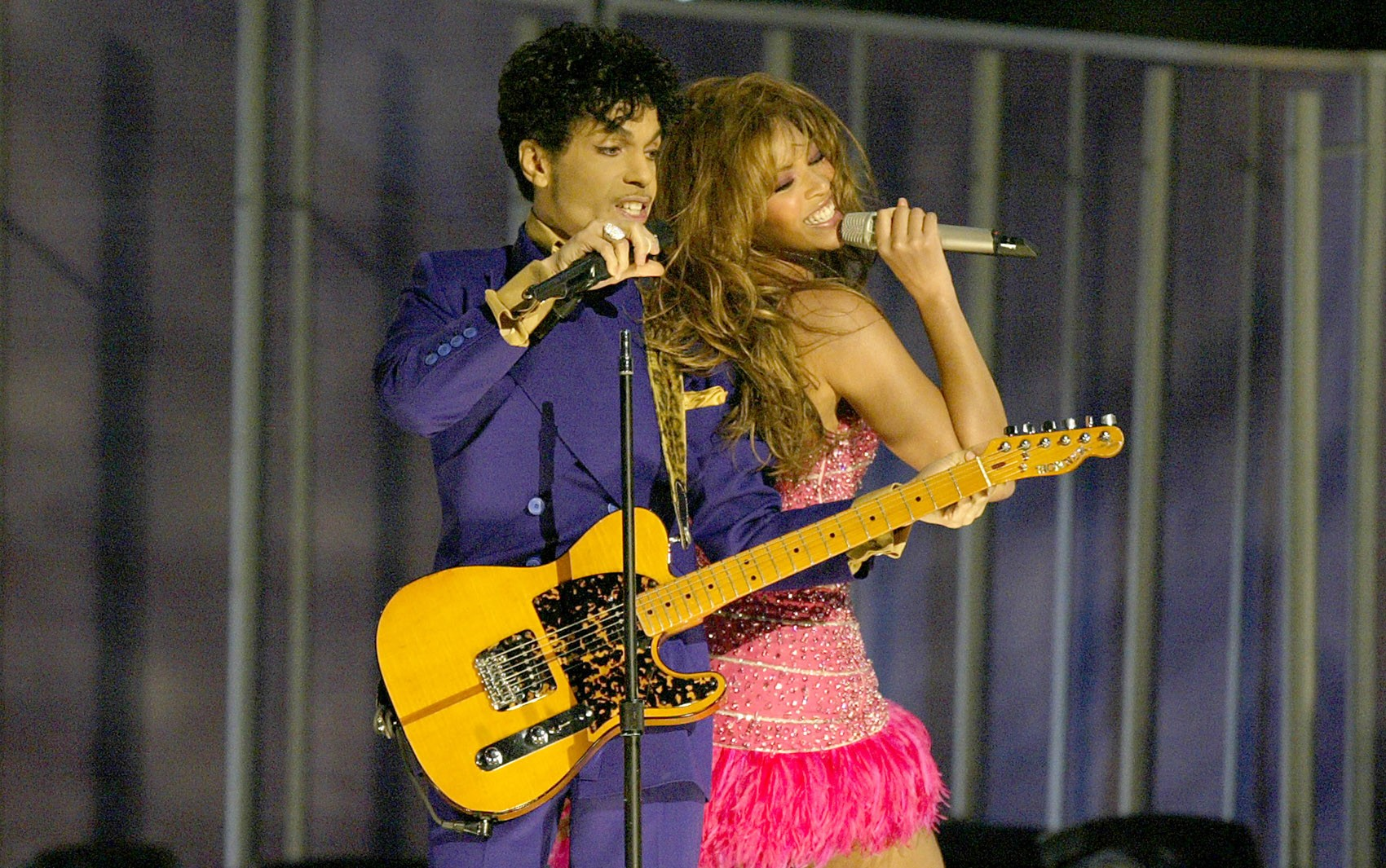 Prince tem 300 músicas liberadas para streaming e download com gravações feitas entre 1995 e 2010 2