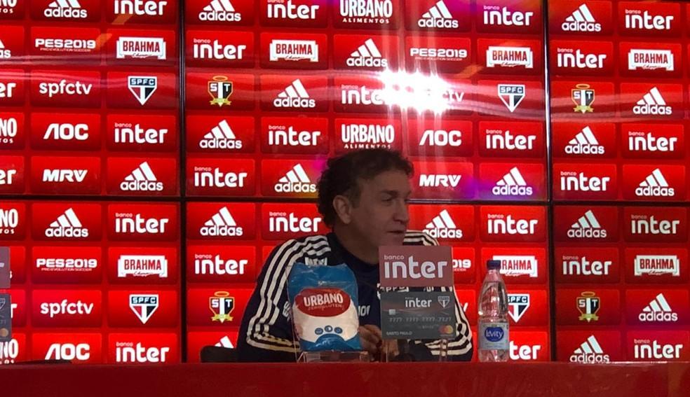 Cuca concede entrevista coletiva no São Paulo — Foto: Marcelo Hazan