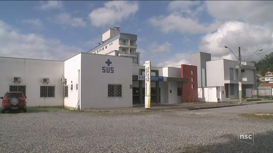 Dentista é denunciado pelo MPSC por bater ponto na prefeitura de Brusque e atender em consultório particular