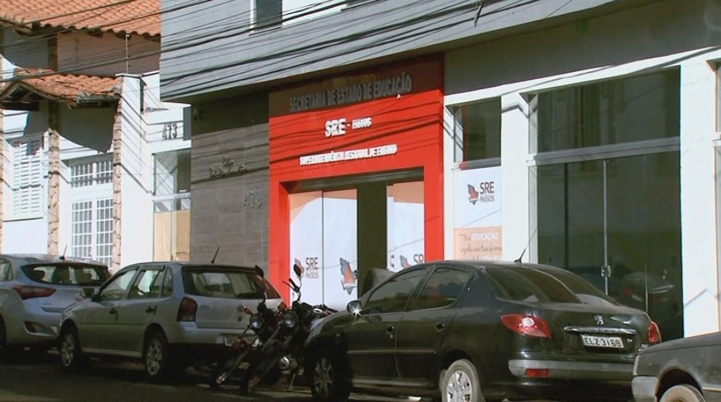 Covid-19: Polícia Civil conclui inquérito de 'fura-fila' e indicia três servidores por crime de falsificação em Passos