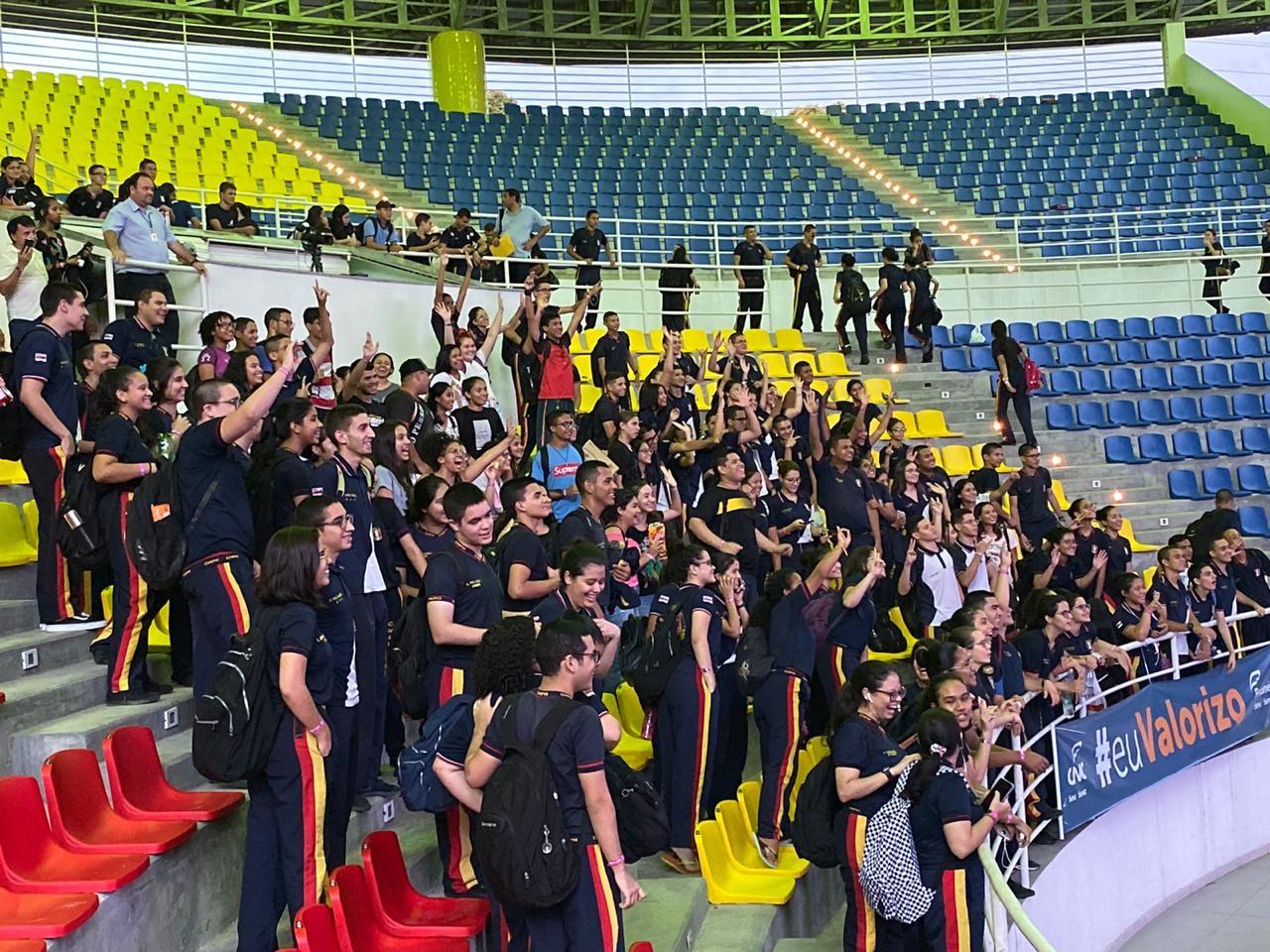 Com mais de 2 mil alunos, Aulão na Rede 2019 encerra edição com dicas e música para prova do Enem - Notícias - Plantão Diário